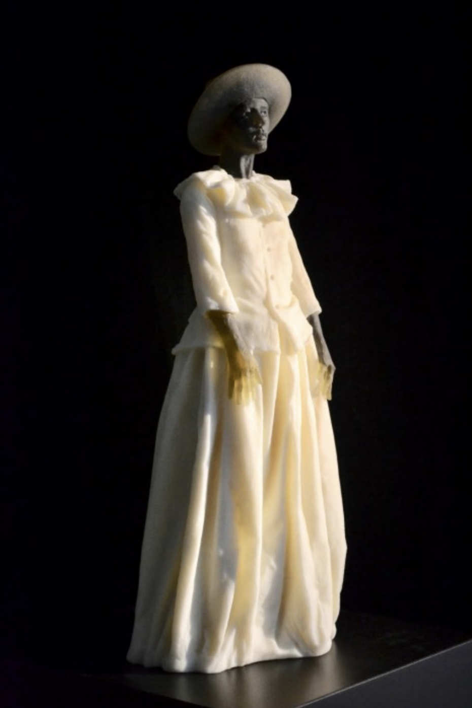 Garbo Figure (hands resting at sides), 2018 cast glass 25 × 12 × 9.5 inches