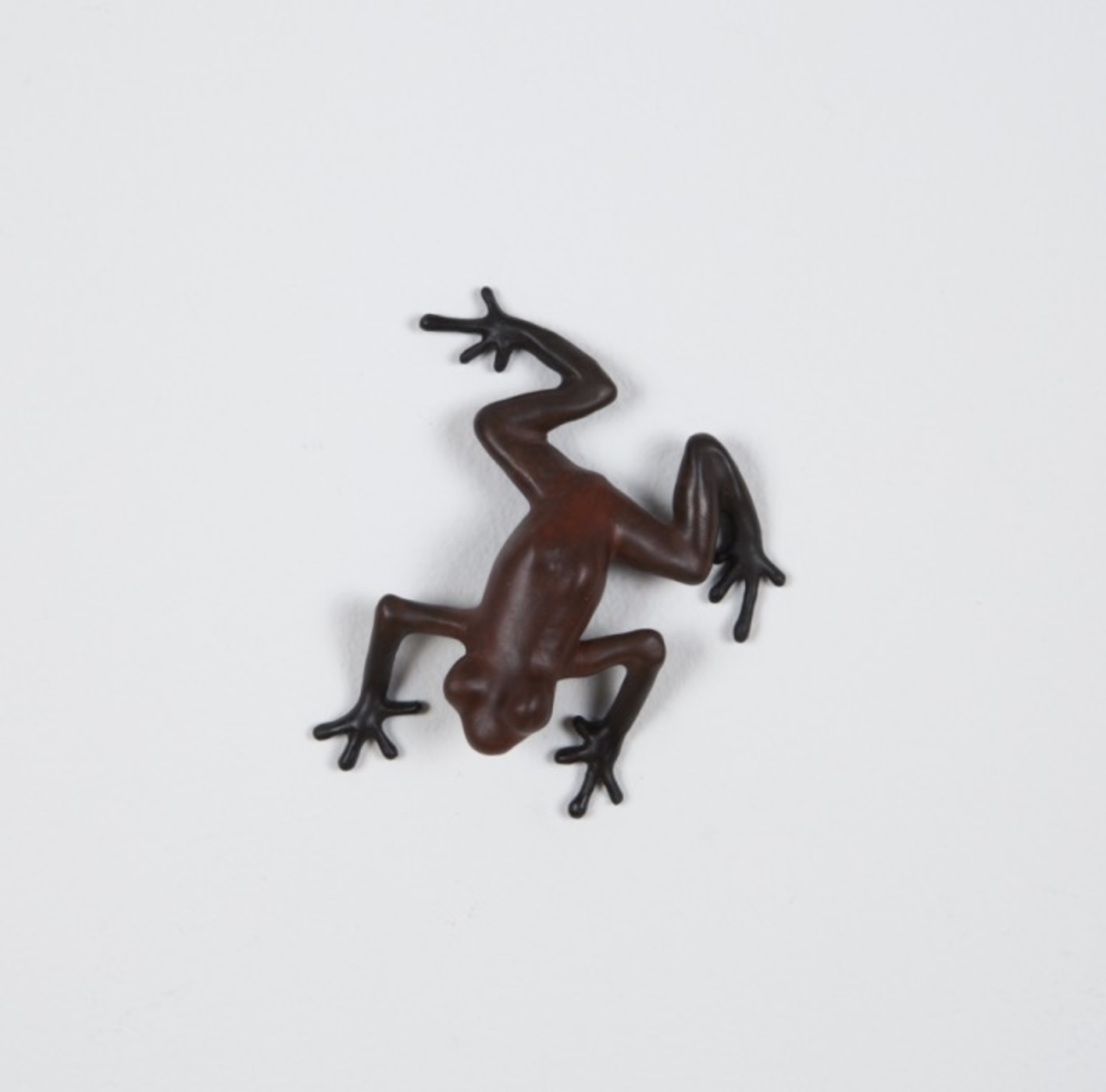 Scout, 2015 patinated cast bronze 1 × 3 × 3.25 inches