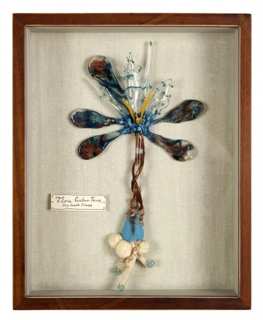 Katerina Lanfranco, Flora Caelum Terra (Sky Earth Flower), 2013, mixed media and flameworked glass, 10.5 x 8.5 inches