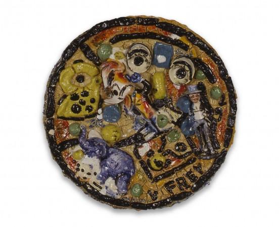 Untitled plate #17, 1992, ceramic, 25 inches diameter