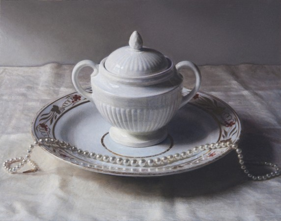 Wedgwood Pot and Pearls, 2014, oil on board, 3 x 4 inches