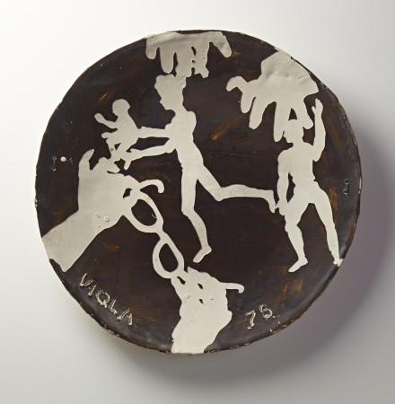 Artist Observing, 1987 ceramic 19 inch diameter