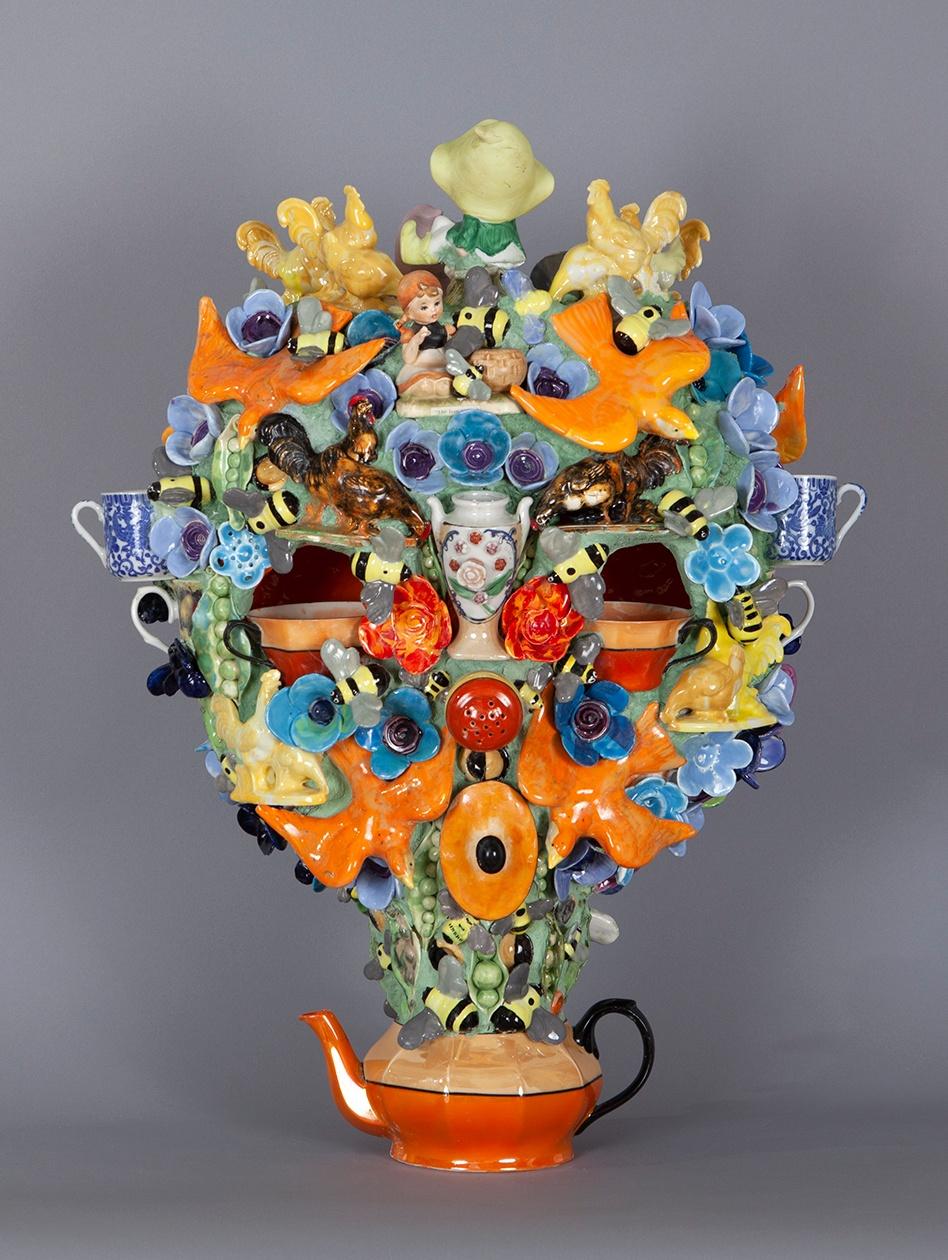 Joan Bankemper, Beehive, 2019 ceramic 26 x 20 x 7 inches