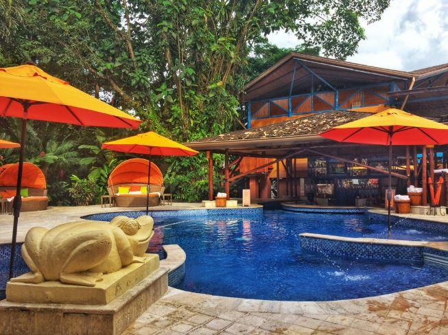 Nayara resort pool.JPG