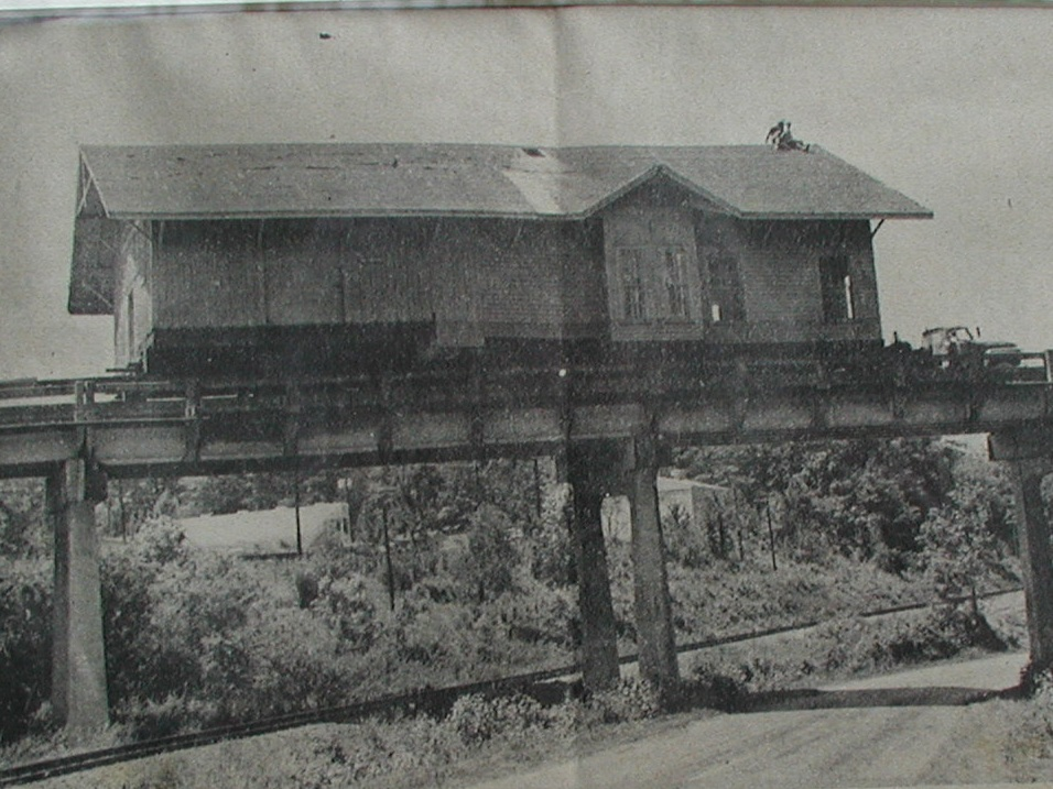 The Depot - converted into the library building - crossing over the viaduct on it's way to the new library location in 1974.