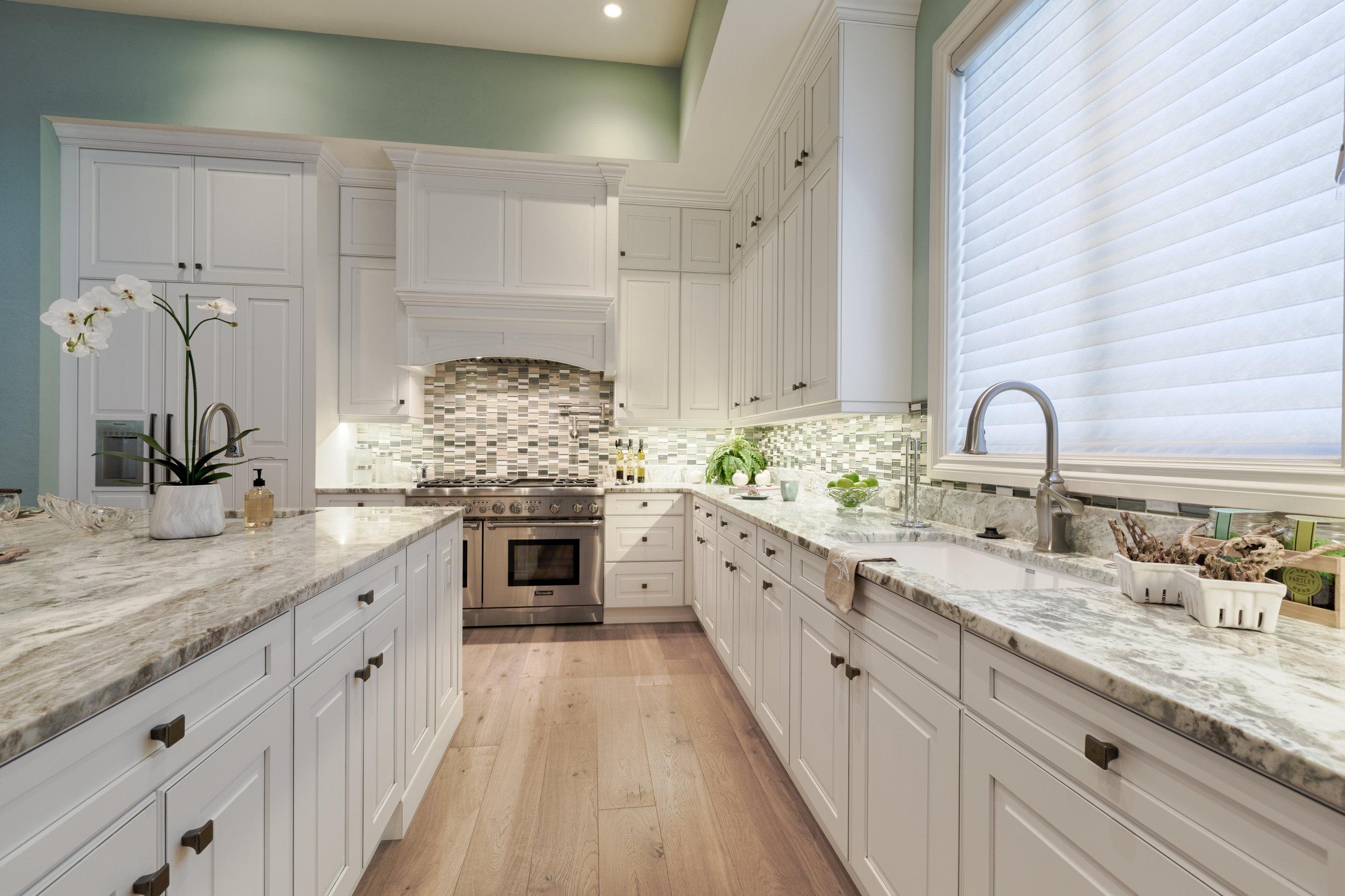 Kitchen high resolution.jpg