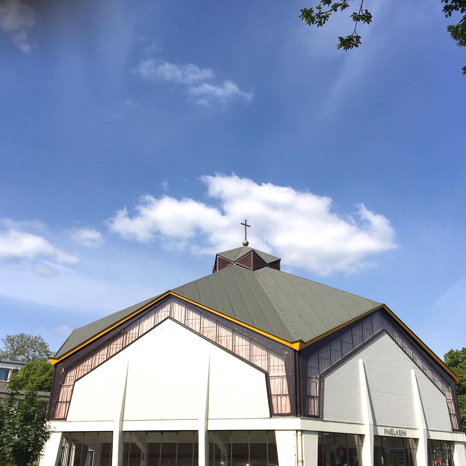 CCGN Utrecht 預特勒堂  Lessinglaan 33  3533 AN Utrecht   Kerkdienst : elke zondag om 10:00 uur