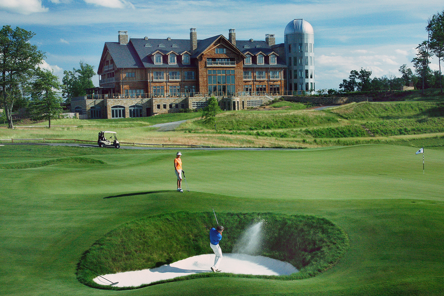Primland Golf #18 Bunker blast3 copy2.jpg