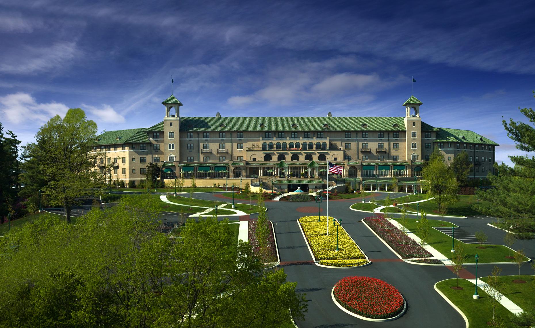 Hershey+Hotel_Panorama4+rgb+final+small+copy.jpg