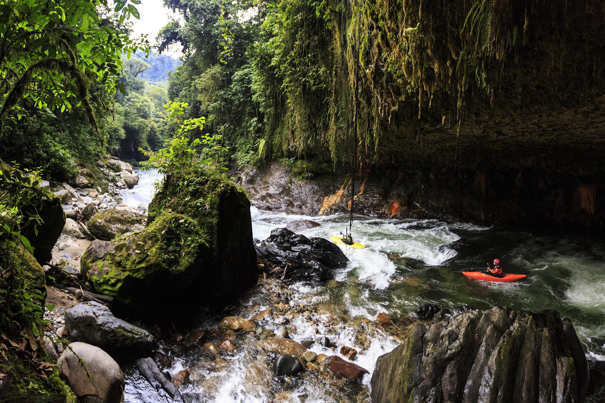 Rio Hollin Overnight expedition, a most do when in Ecuador.