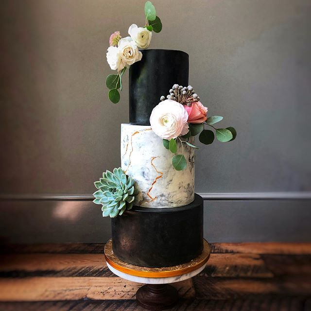 Lemonberry Brûlée cake, buttercream marble finish and gorgeous blooms from Petals, Ink.
