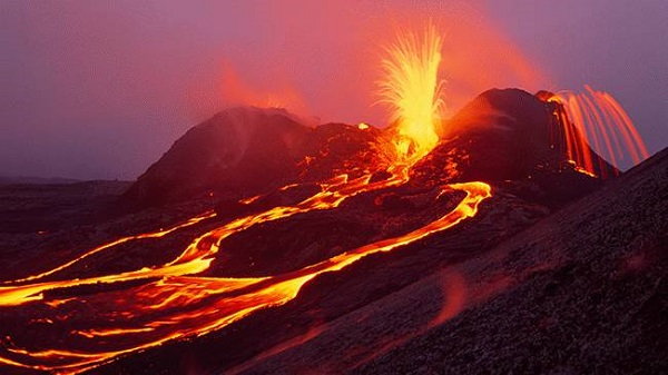 Welcome-to-Hawaii-Volcanoes-National-Park.jpg