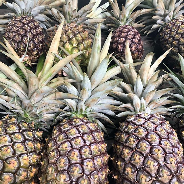 White pineapples are ON!!! Come visit us at Da Fruit Stand