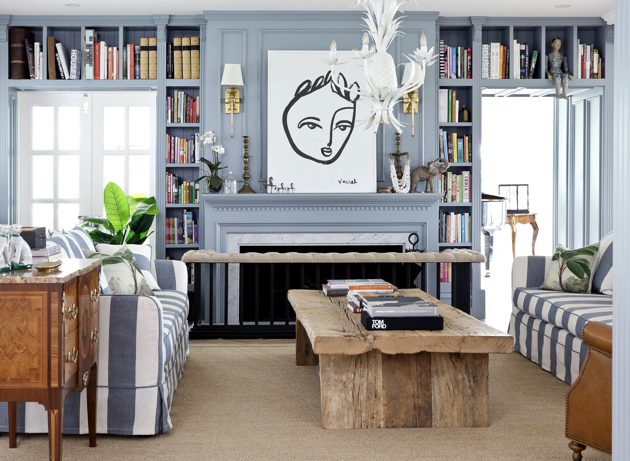 The_Find_Antiques_Modern_Contemporary_045_HR.JPG