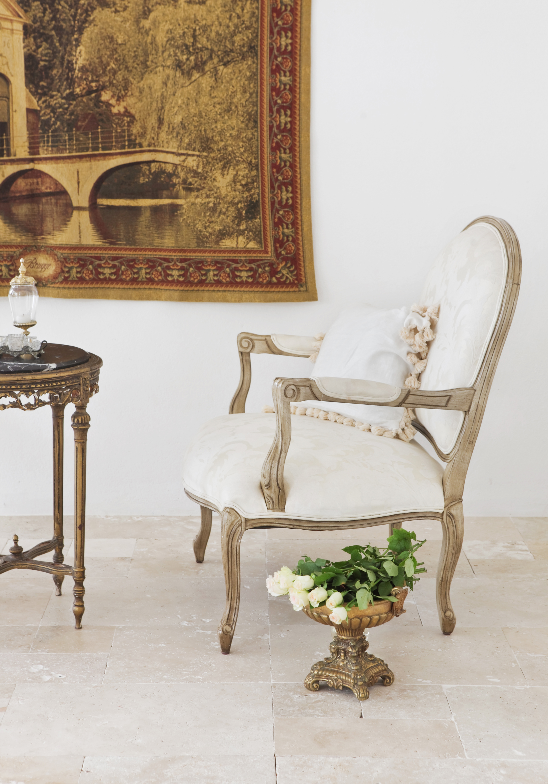The_Find_Antiques_French_Provincial_057_LR.JPG