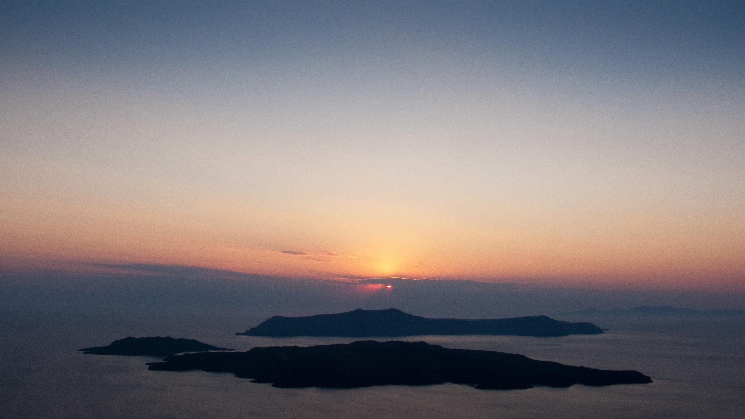 Santorini, Greece (12 images)