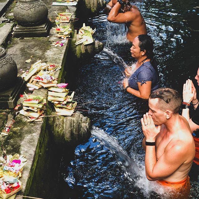 EMBARK ON A JOURNEY …embrace new experiences, and renew your spirit.  Our retreats aren't just about doing loads of yoga, meditating, and eating all the plants. We've created a bespoke itinerary with activities that allow you to fully experience the local culture and traditions of our special location in Bali. A trip to the holy spring water temple in Ubud is one of many experiences we've included in our weeklong journey together that's sure to leave a lasting impression on your body, mind and soul. Join us on our next retreat — it might just change your life. 🙏🏼✨