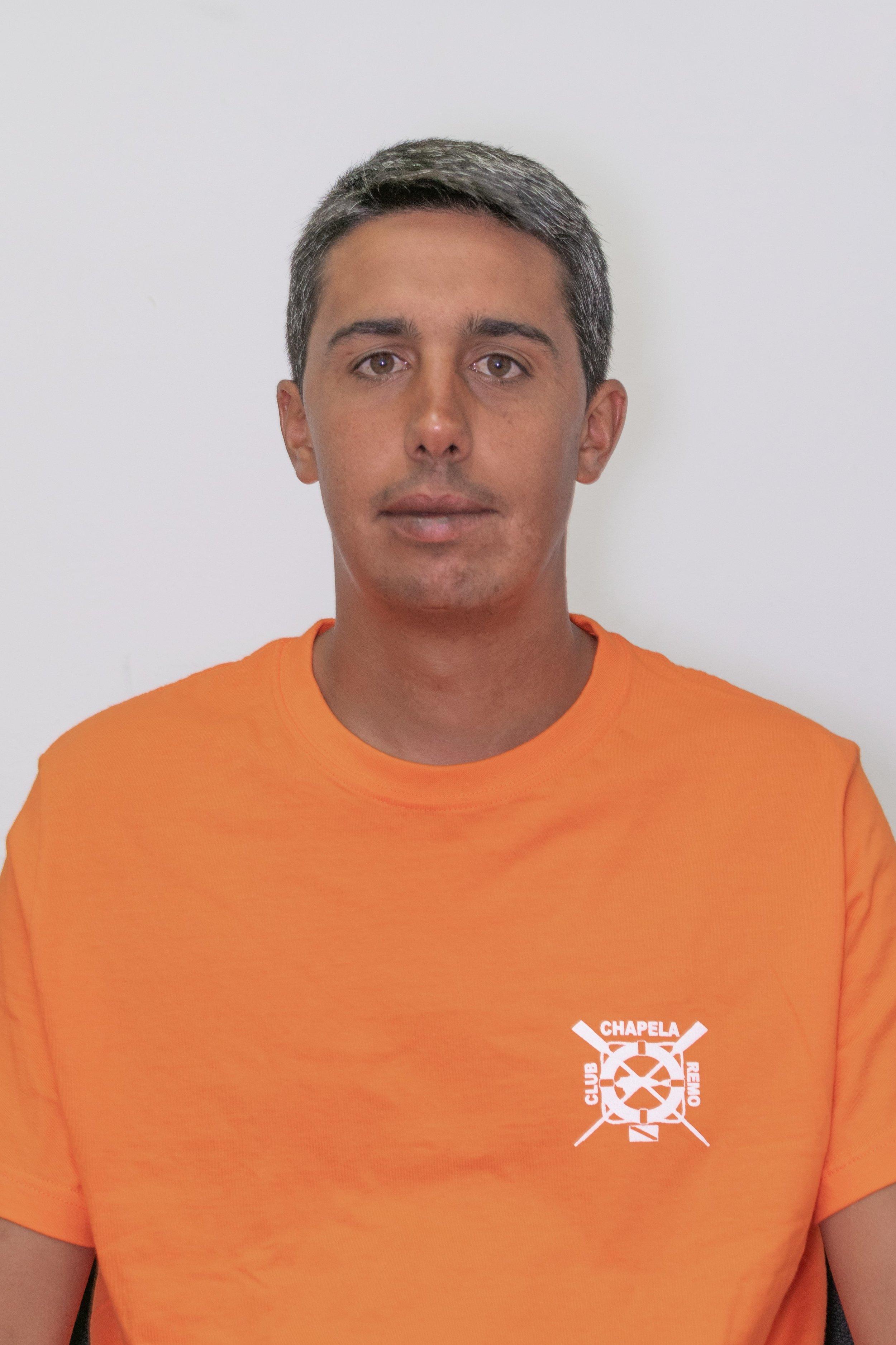 Esteban González - PROPIO