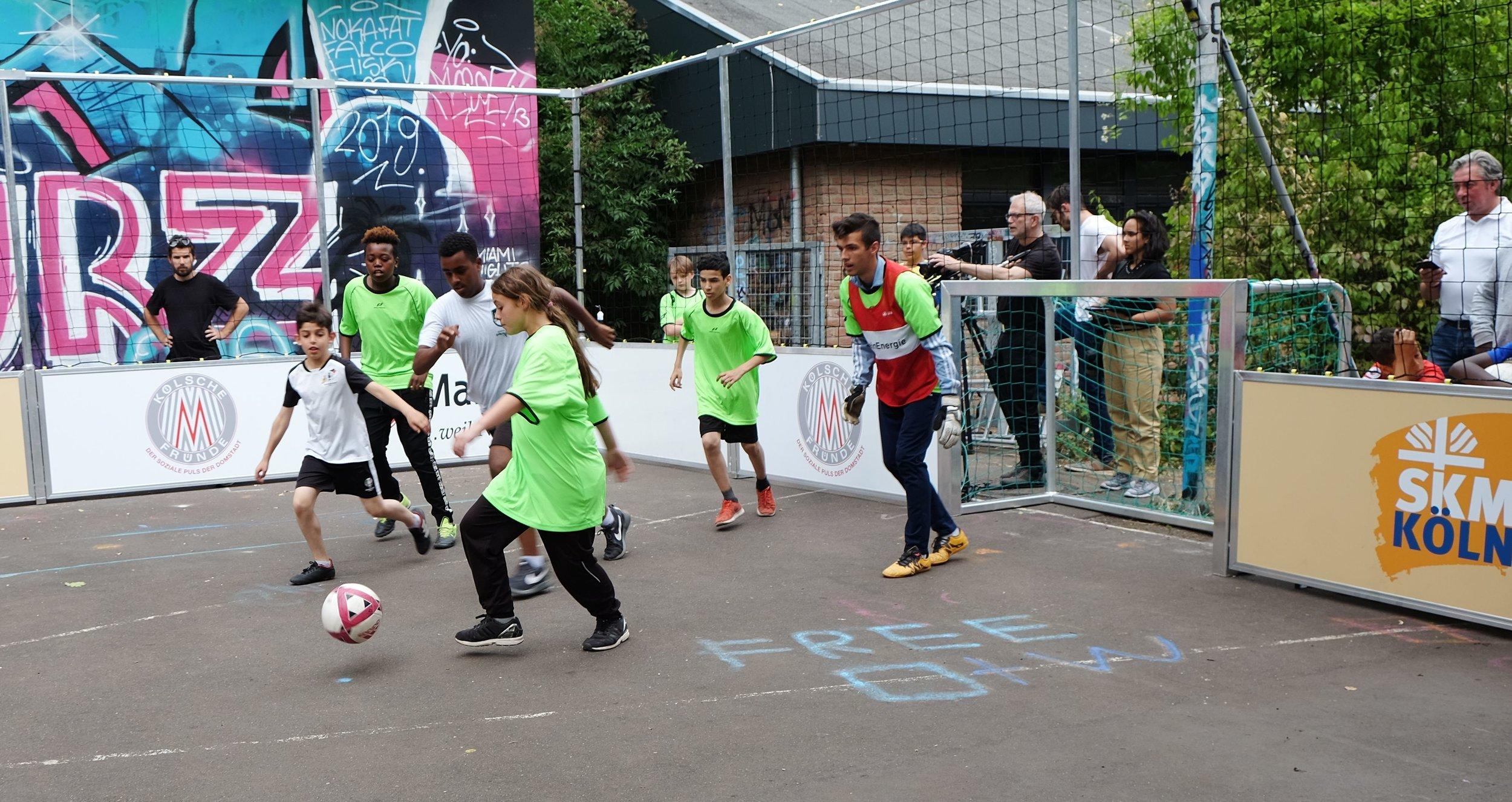 2. Soccer_Court_Turnier.JPG