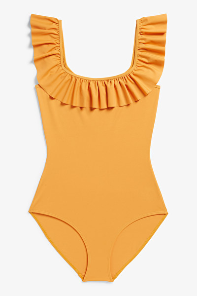 RUFFLE SWIMSUIT