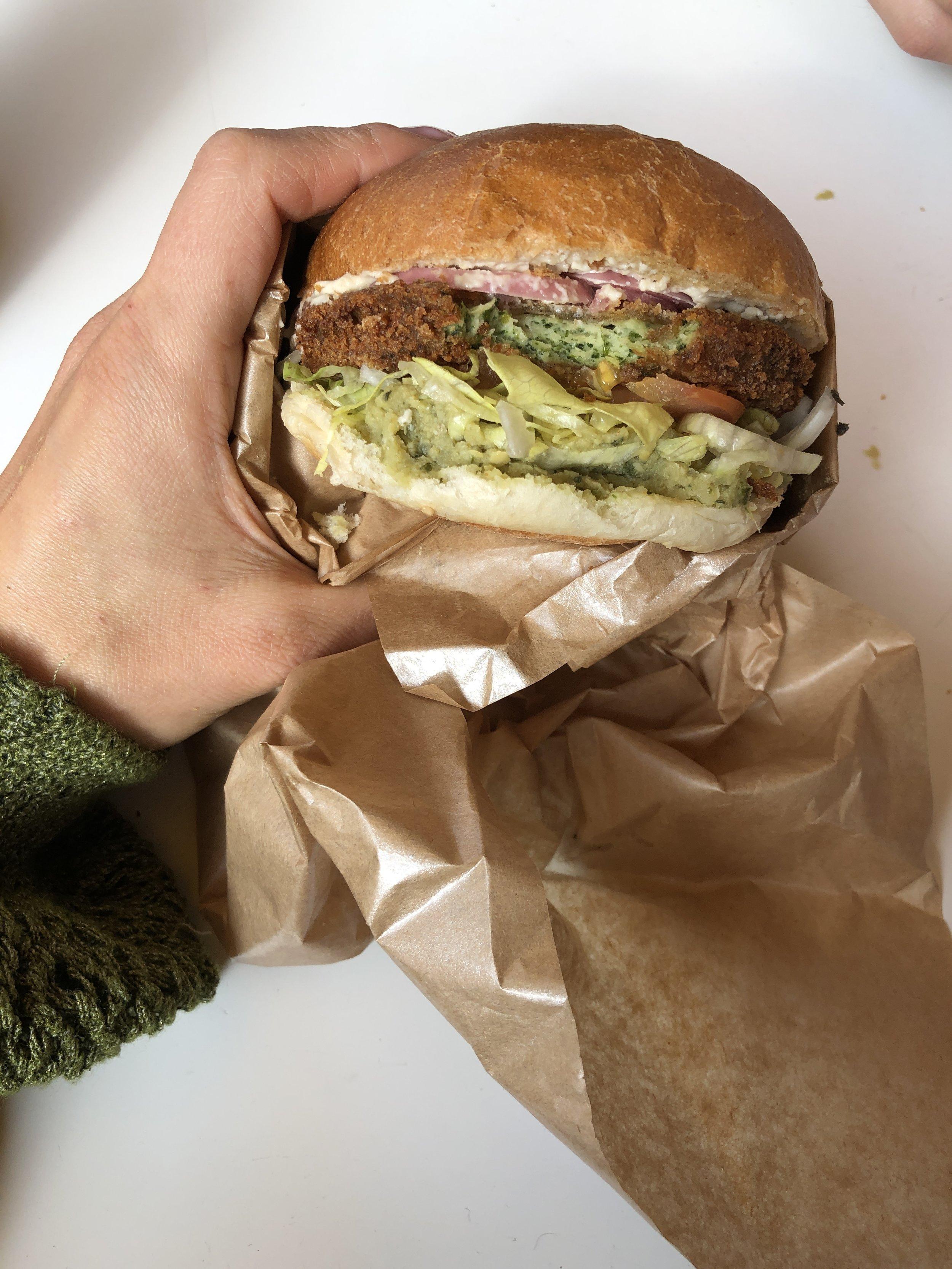 Vegan burger at Munchies
