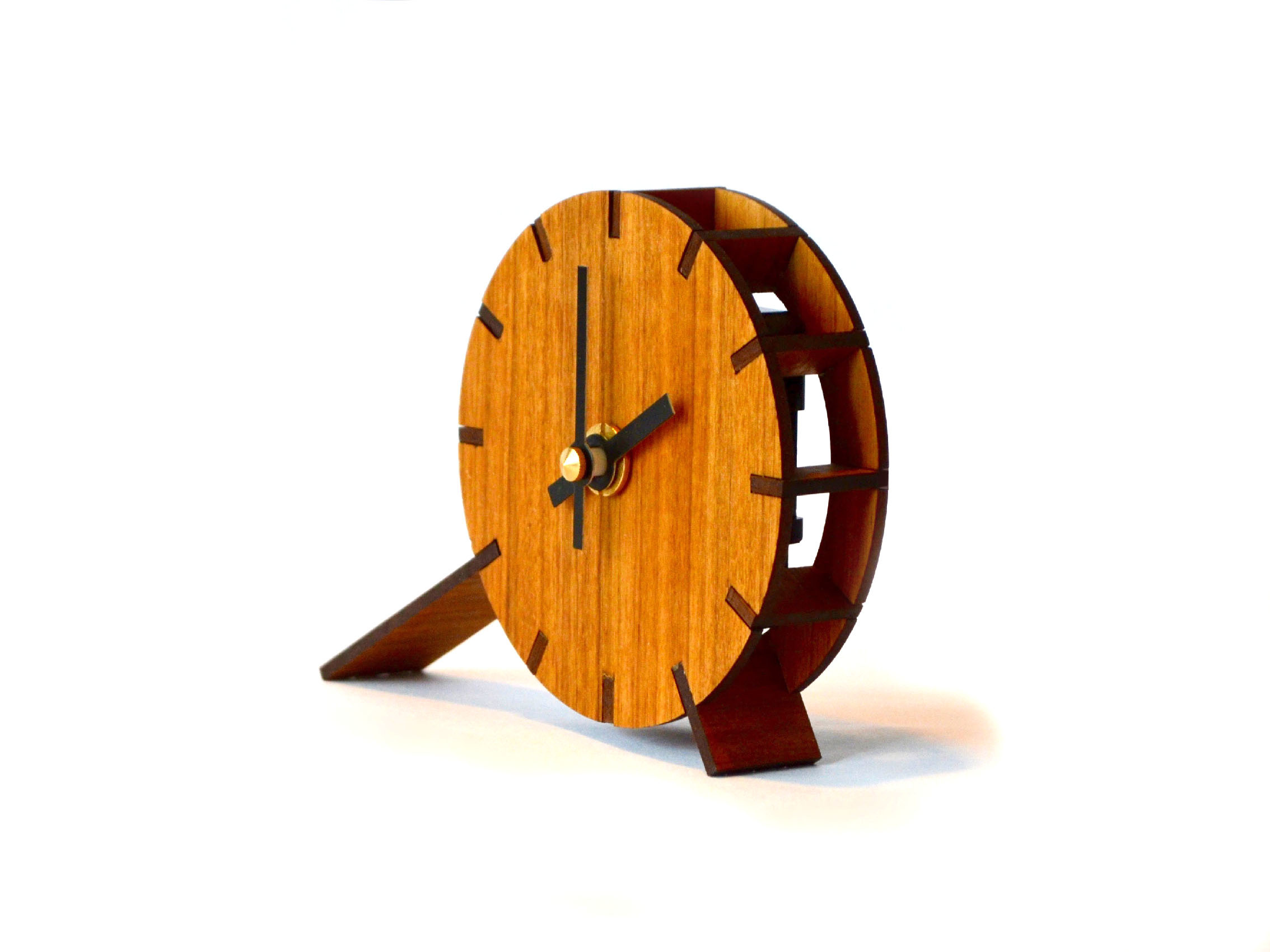 Table-Toc clock - Designed for batch production.