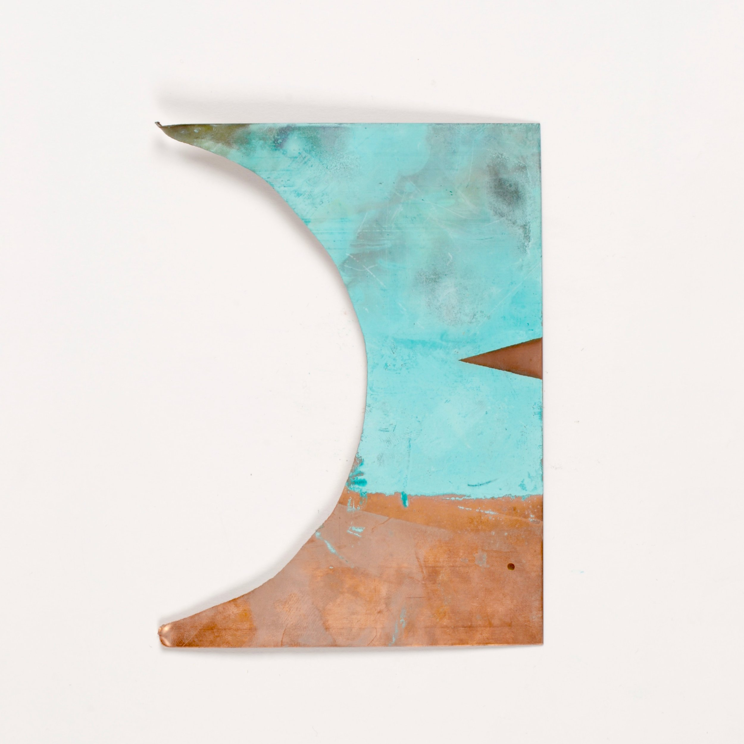 - This example is my favourite, it has a smooth coating of verdigris colourd patina on its surface, I then covered it with tape and sandblasted it to expose the raw copper below. I thought I would produce a simple object using this method.produced by applying copper nitrate onto raw copper with a brush.