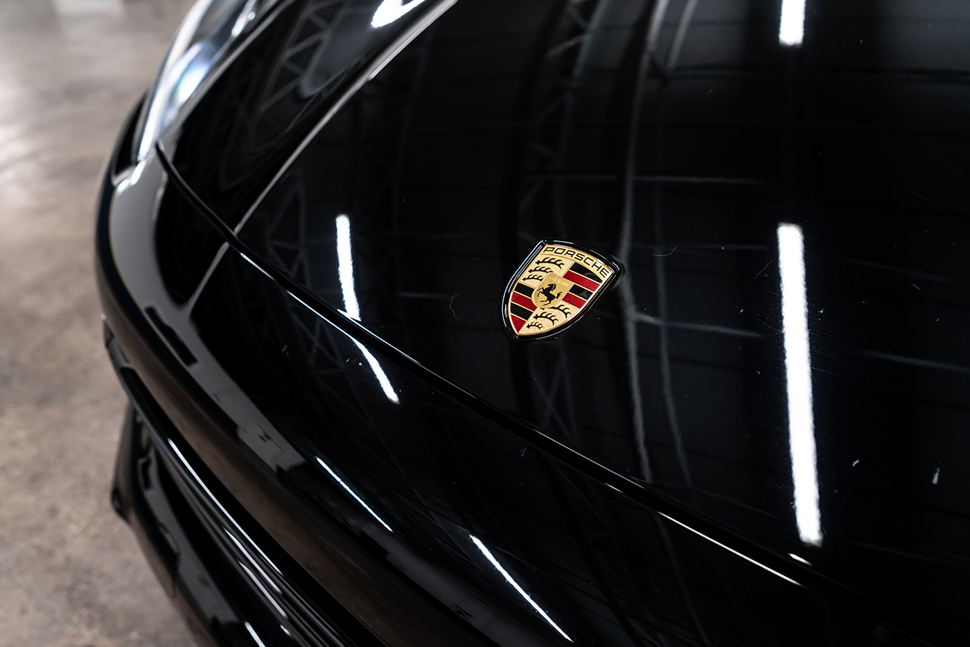 Porsche-Cayenne-_-Website2.jpg