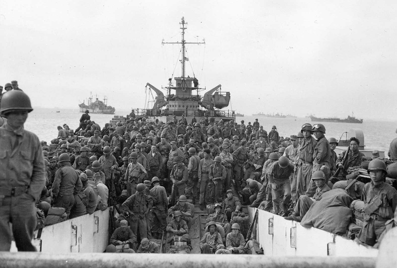 31st Infantry Regiment at Inchon Harbor 9-18-50.jpg