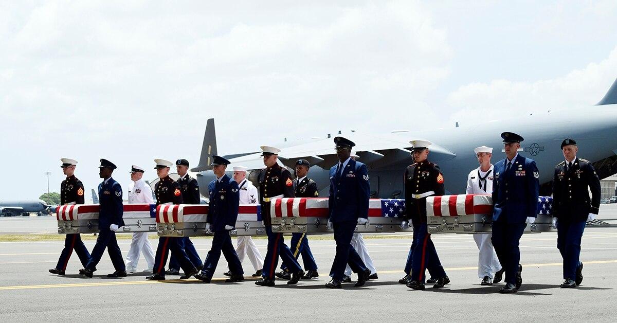 Remains of US troops from Korean War return from N Korea.jpg