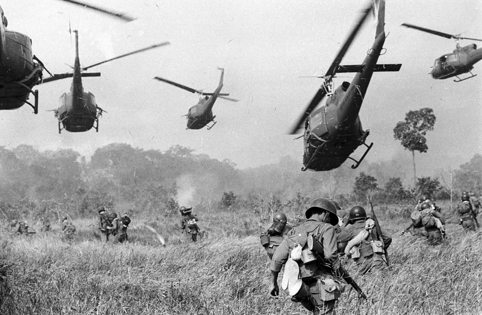 Vietnam_war_early_years (1).jpg