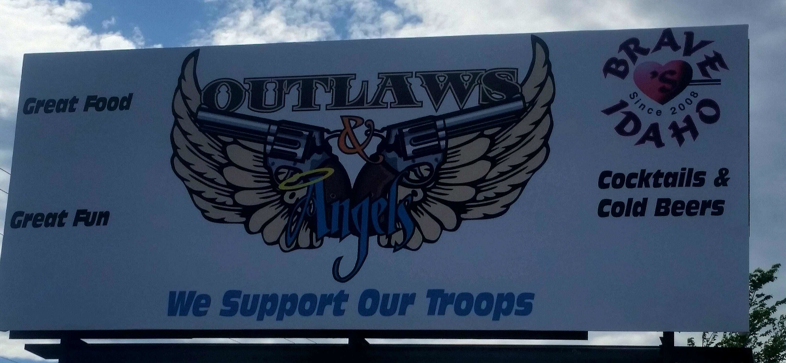 Outlaws Bar.jpg