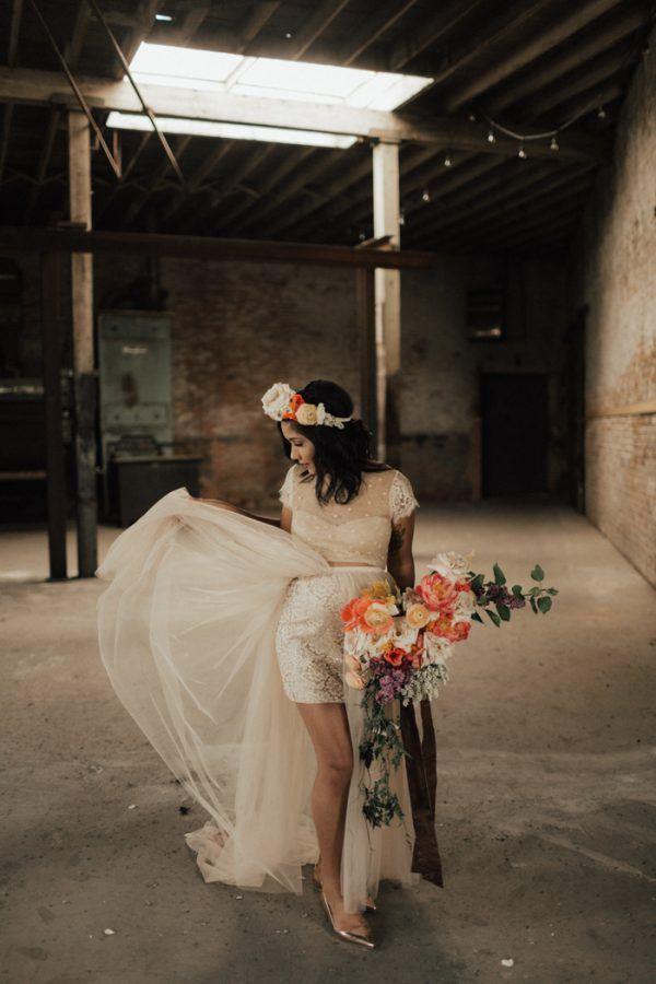 Playful-Urban-Vow-Renewal-at-Brake-Clutch-Warehouse-Lauren-Nicole-Photography-18-600x900.jpg