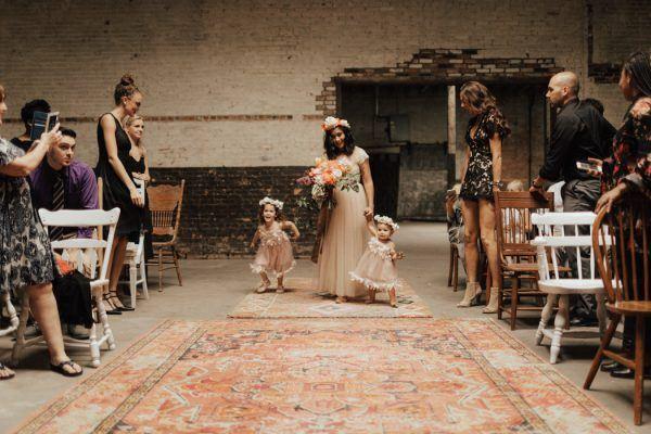 Playful-Urban-Vow-Renewal-at-Brake-Clutch-Warehouse-Lauren-Nicole-Photography-21-600x400.jpg