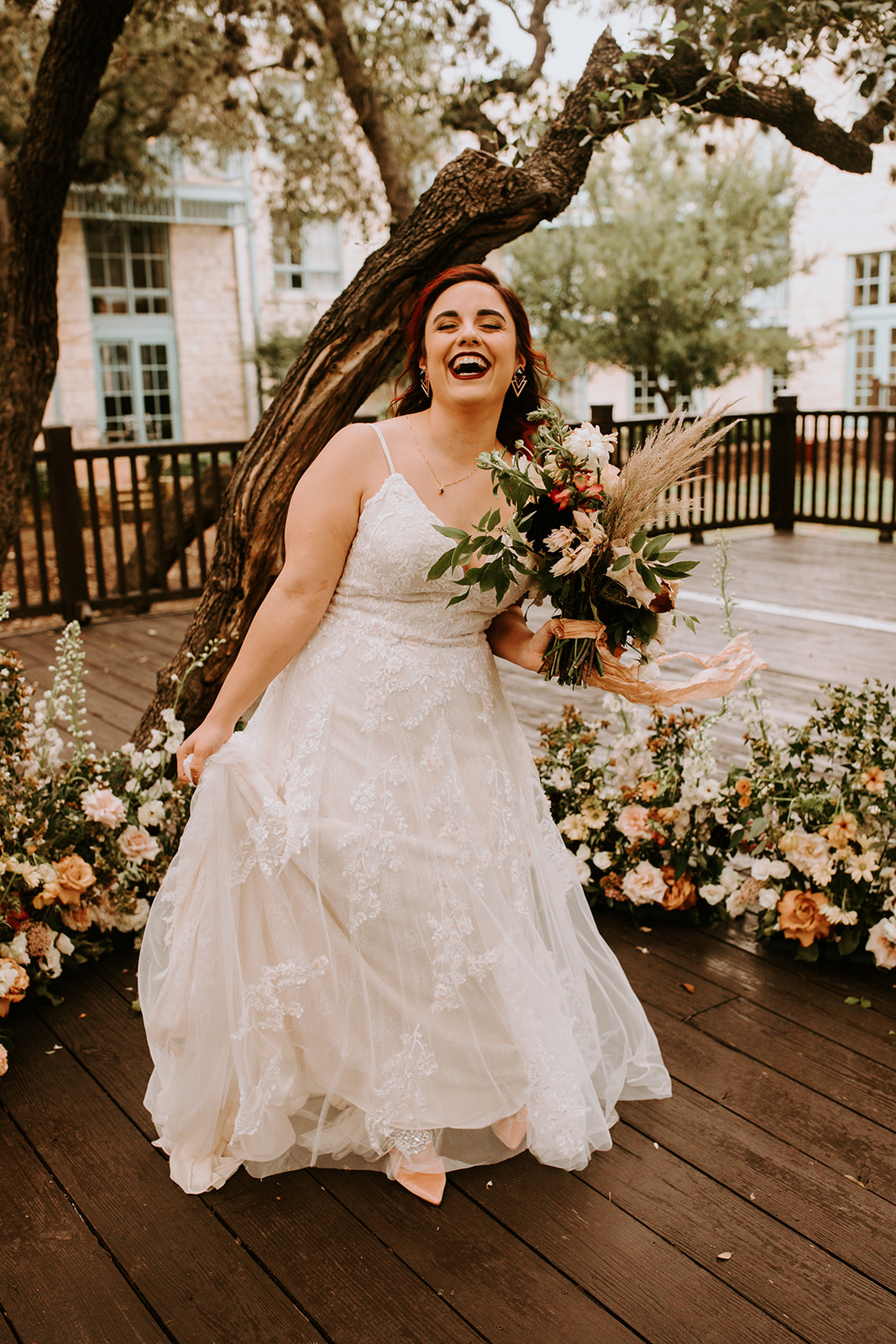 A Late Summer Wedding in San Antonio - Photography by Century Tree Productions