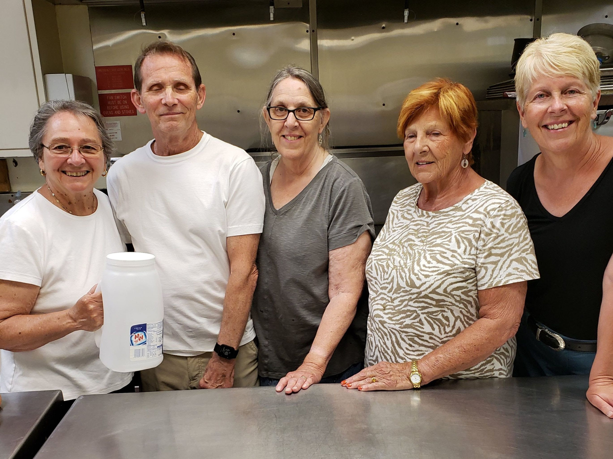 EMMANUEL DINING ROOM - Cook a warm meal and serve it those in need. For more details, contact Diane Olin White at dolinwhite@gracechurchum.org.