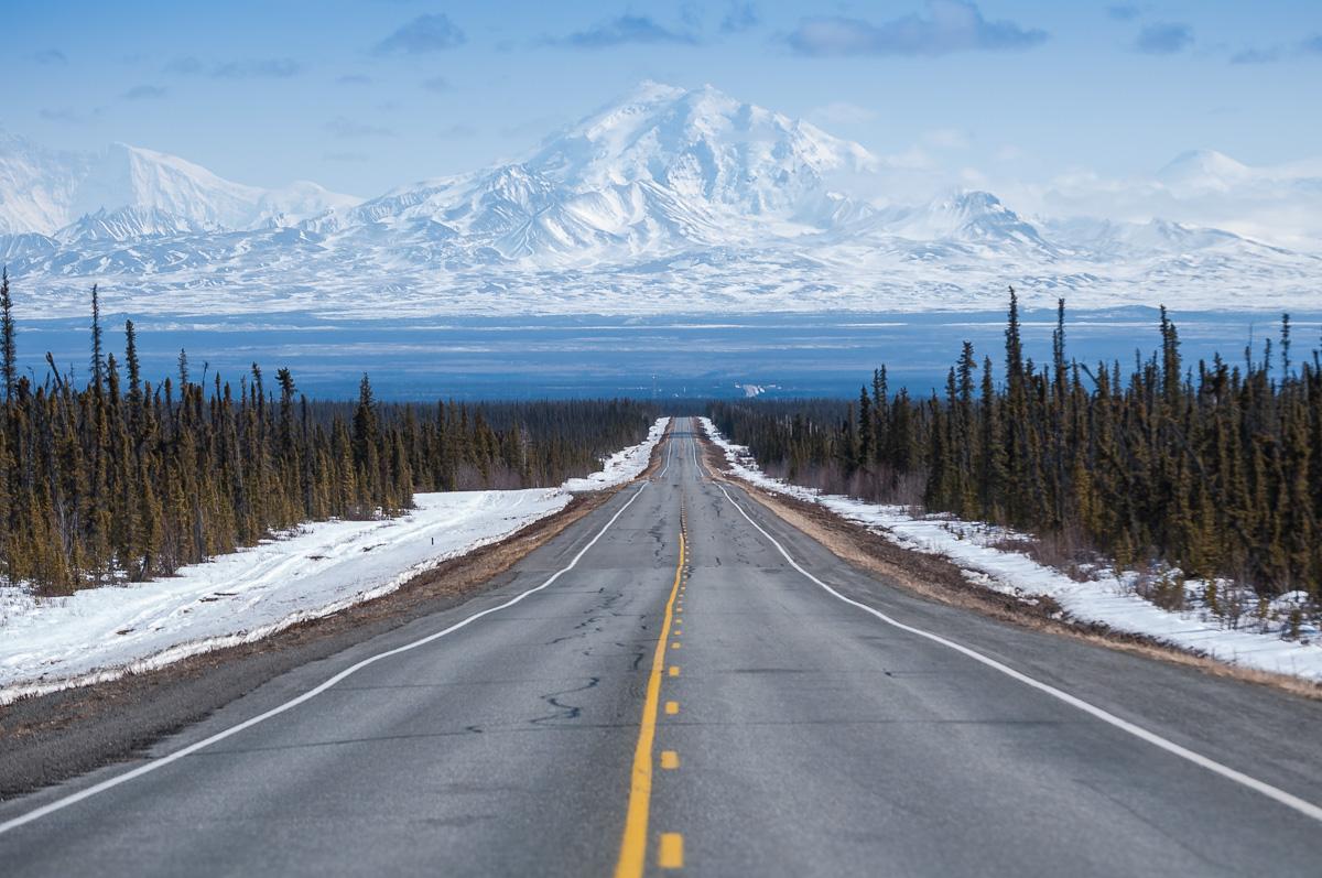travel-landscape-roadtrip-alaska-1.jpg
