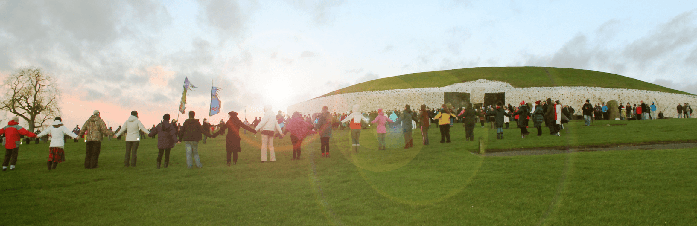 HD-winter-solstice-experience-2013-people-holding-hands-ireland-small-1.png
