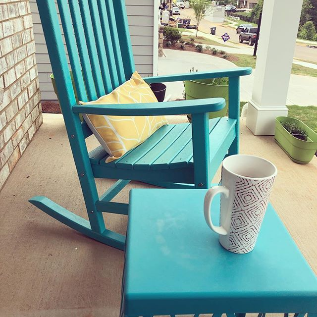 Morning coffee ☕️ on the front porch. One of my favorite parts of being a #freelancer #entrepreneur is choosing where to work. I find that changing my surroundings helps change my perspective- this is great for #creativity and #brainstorming #inspiration #marketingdigital #marketingconsultant #socialmediamarketing #socialmedia #workingmom #workfromanywhere