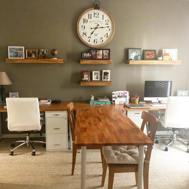 Finally finished decorating the home office! #workfromhome #entrepreneurlife #homeoffice #homeofficedecor #homeofficedesign desks: @ikeausa clock and shelves: @hobbylobby chairs: @officedepot