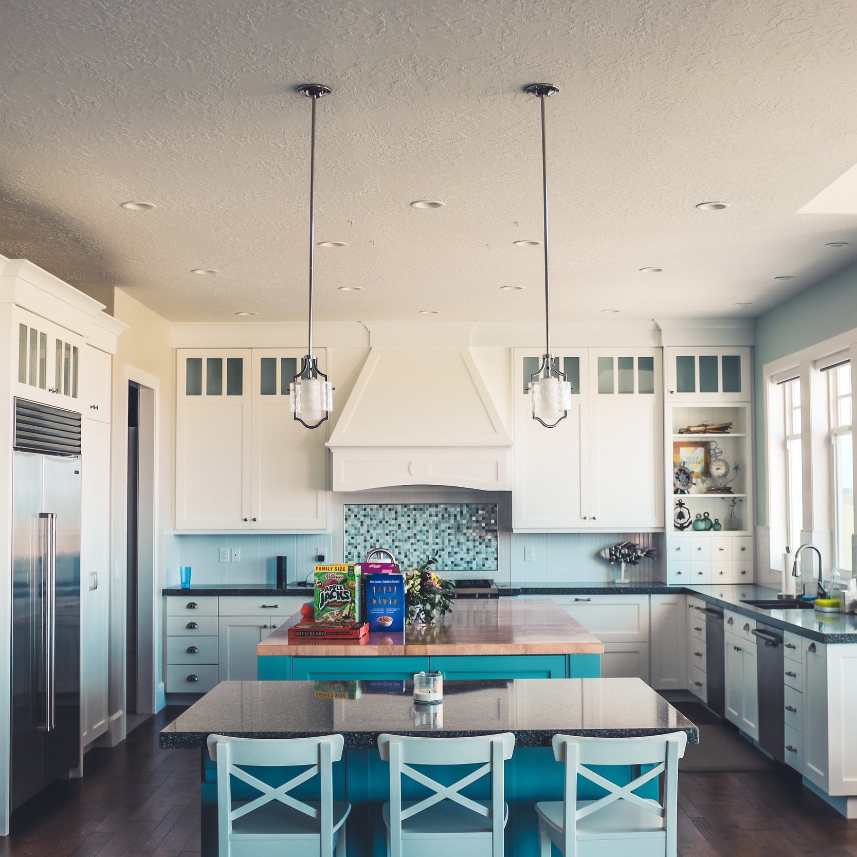 Home Organizing - We take a focused, unbiased look at the home organizing challenges clients raise and help them put the puzzle together with innovative organizing solutions to get the most out of the existing space and existing resources.