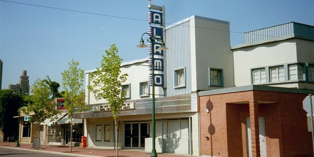 Farish-Street-Historic-District-3-cinematreasures.org_-640x320.jpg