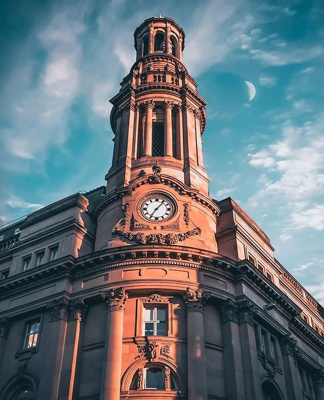 Who can name the building? Photo @lukeyd23