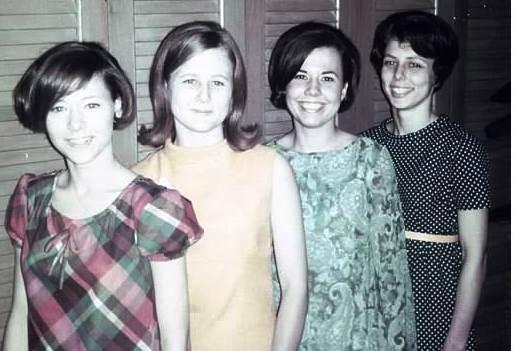 4-sisters-1970.jpg