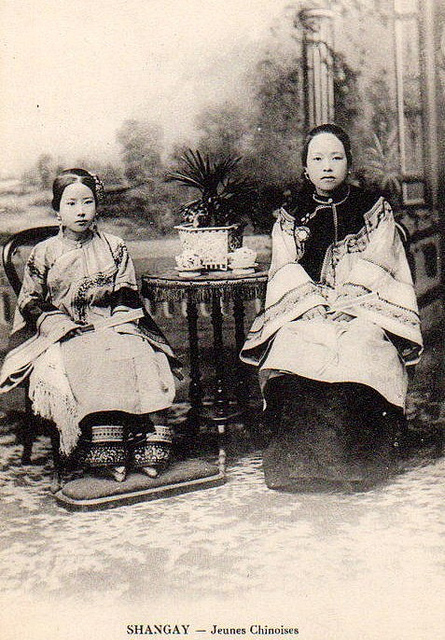 Chinese-Women-from-the-1800s-13.jpg