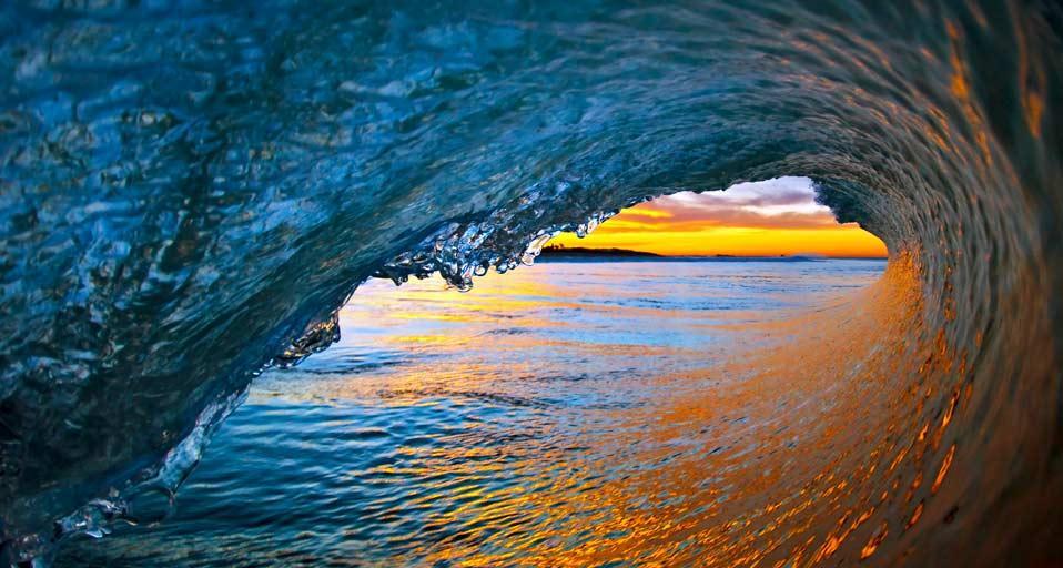 ocean_waves_ventura_california_usa_20120704.jpg