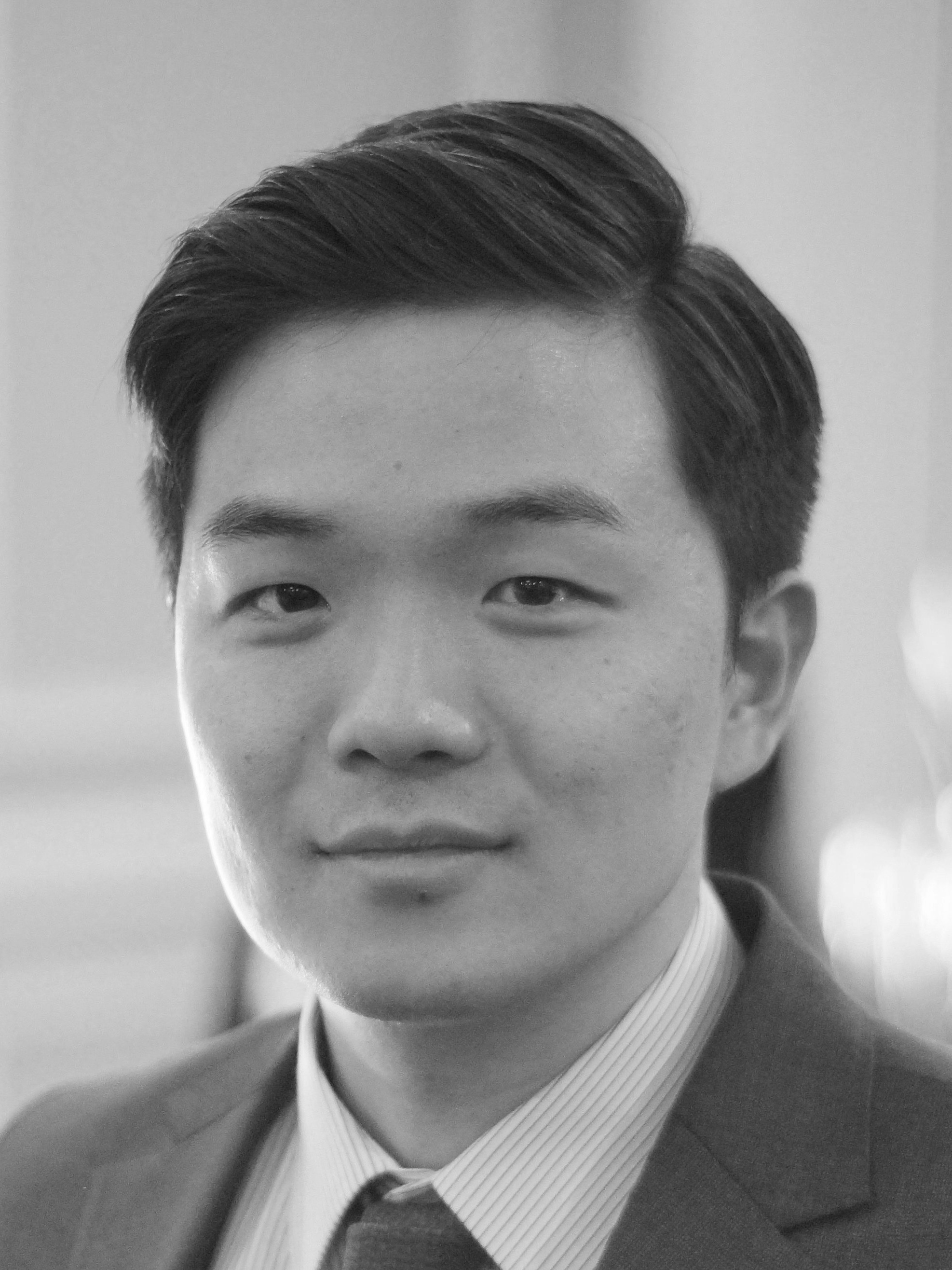 Dr. Jin Park - Dr. Park completed his doctor of dental surgery program from the University of Western Ontario. Prior to that, he obtained his bachelor of science degree with focus on life sciences, from the University of British Columbia.