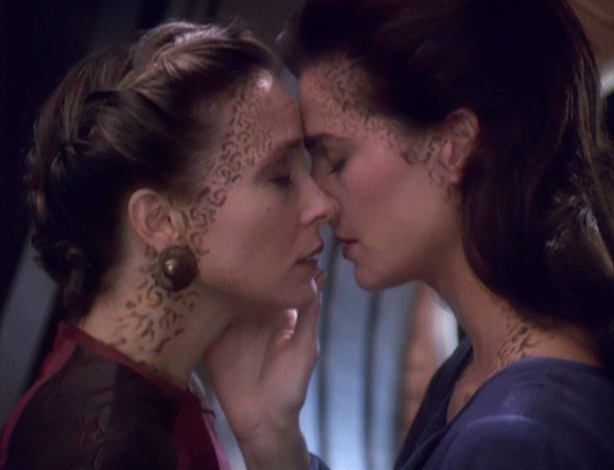 Terry Farrell Affirms That Jadzia Dax Was Pansexual Daily Star