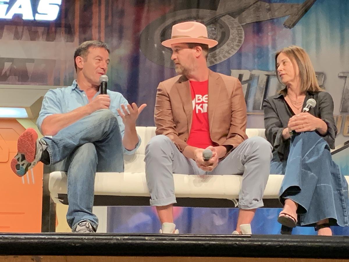 Jason Isaacs, Kenneth Mitchell and Jayne Brook, on stage at Star Trek Las Vegas 2019