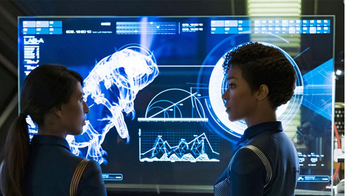 Commander Landry and Michael Burnham contemplate the tardigrade in  Star Trek: Discovery .